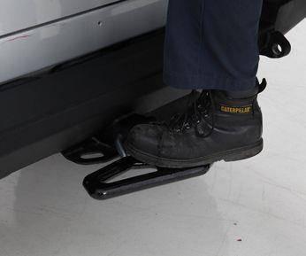 Smittybilt - Smittybilt Beaver Step Side Step Black Smittybilt 27046B